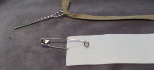 Bodkin with Drawstring and Safety Pin with Elastic