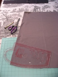 Trim Hem With Curved Corners Using Fashion Designers Curve Ruler