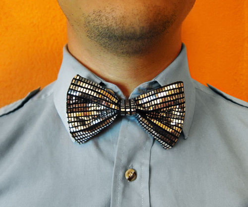 No Tie Bow Tie from Instructables